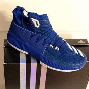 Dame 3 Basketball Sneakers